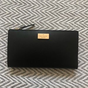 Open to offers Kate spade pink and black wallet